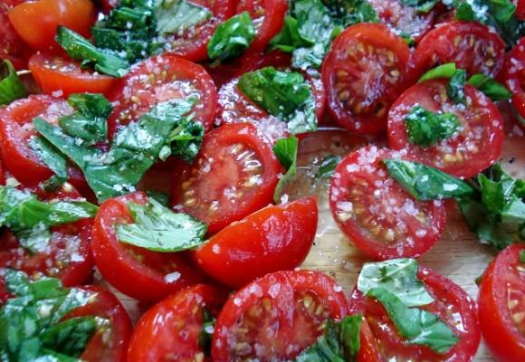 U peršun! Poskupeo i paradajz