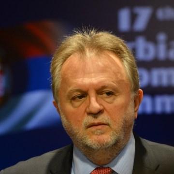 Ministar Vujović, u toku čijeg mandata su smanjene penzije, podneo ostavku
