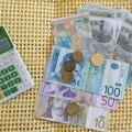 Svim punoletnim građanima po 20 evra u decembru