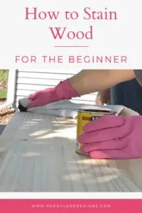 How to Stain Wood // stain diy // stain tips // how stain // stain furniture diy // how to stain furniture // stain // staining wood furniture // diy staining wood