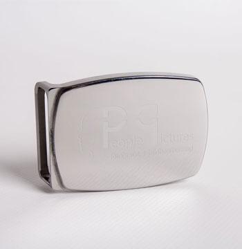 Beispiel Produktfoto: Gürtelschnalle mit People-Pictures Logo - Produktfotos von People-Pictures
