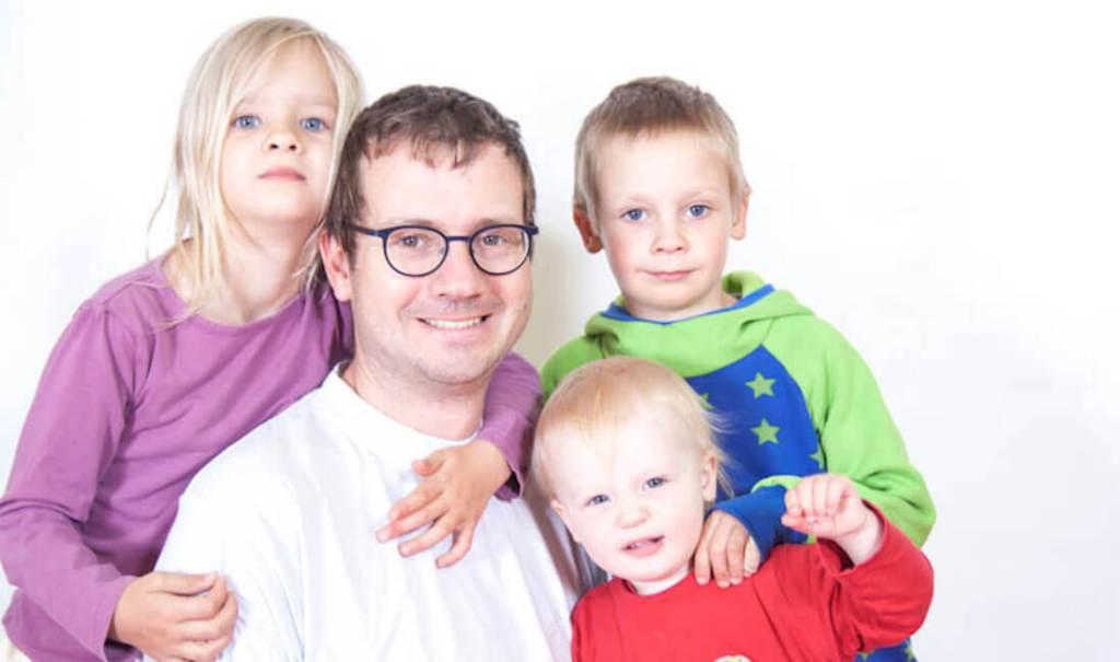 Beispielfoto Slider-2: Familienporträt, Familienfotos, Kids & Family Porträt von People-Pictures. Dein Fotograf Fresing & Fotostudio München.