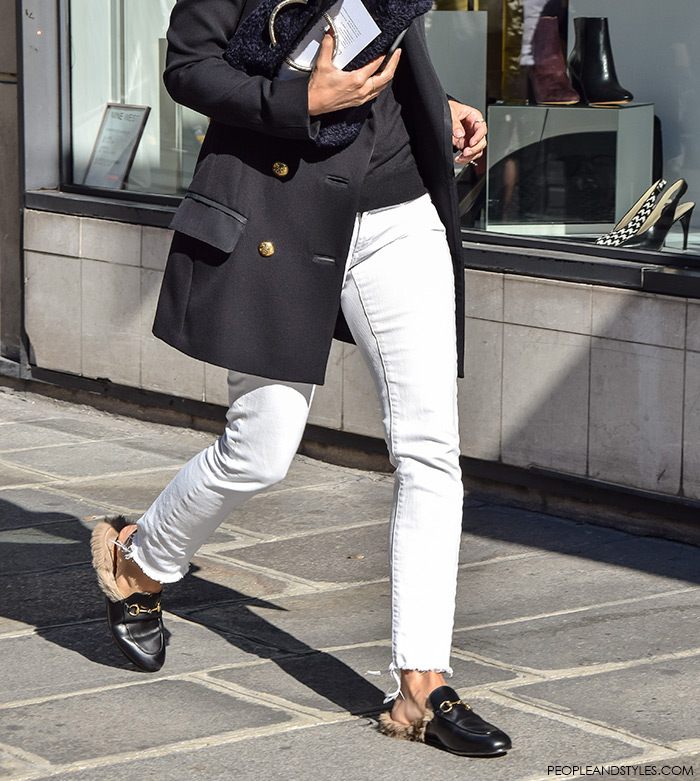 Paris style autumn, Gucci Kangaroo-Fur-Lined Slippers, street style, Paris Fashion Week, wear white pants and long navy blazer