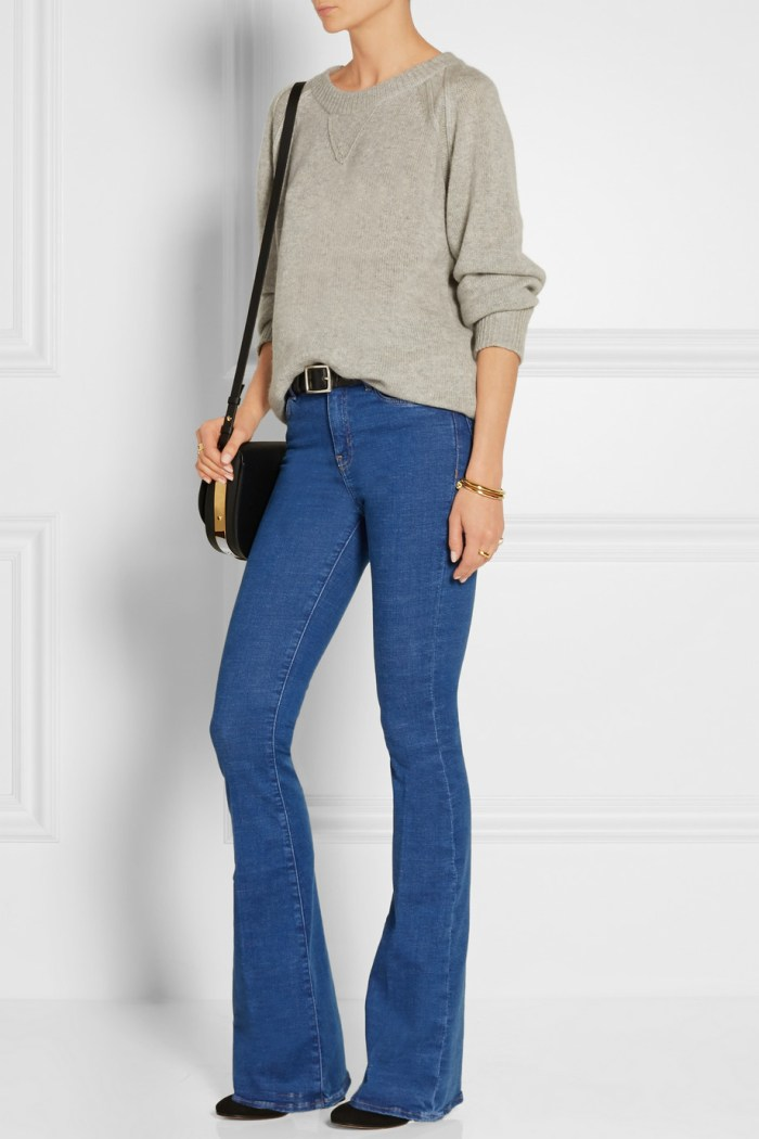 How to wear grey sweter and flared jeans