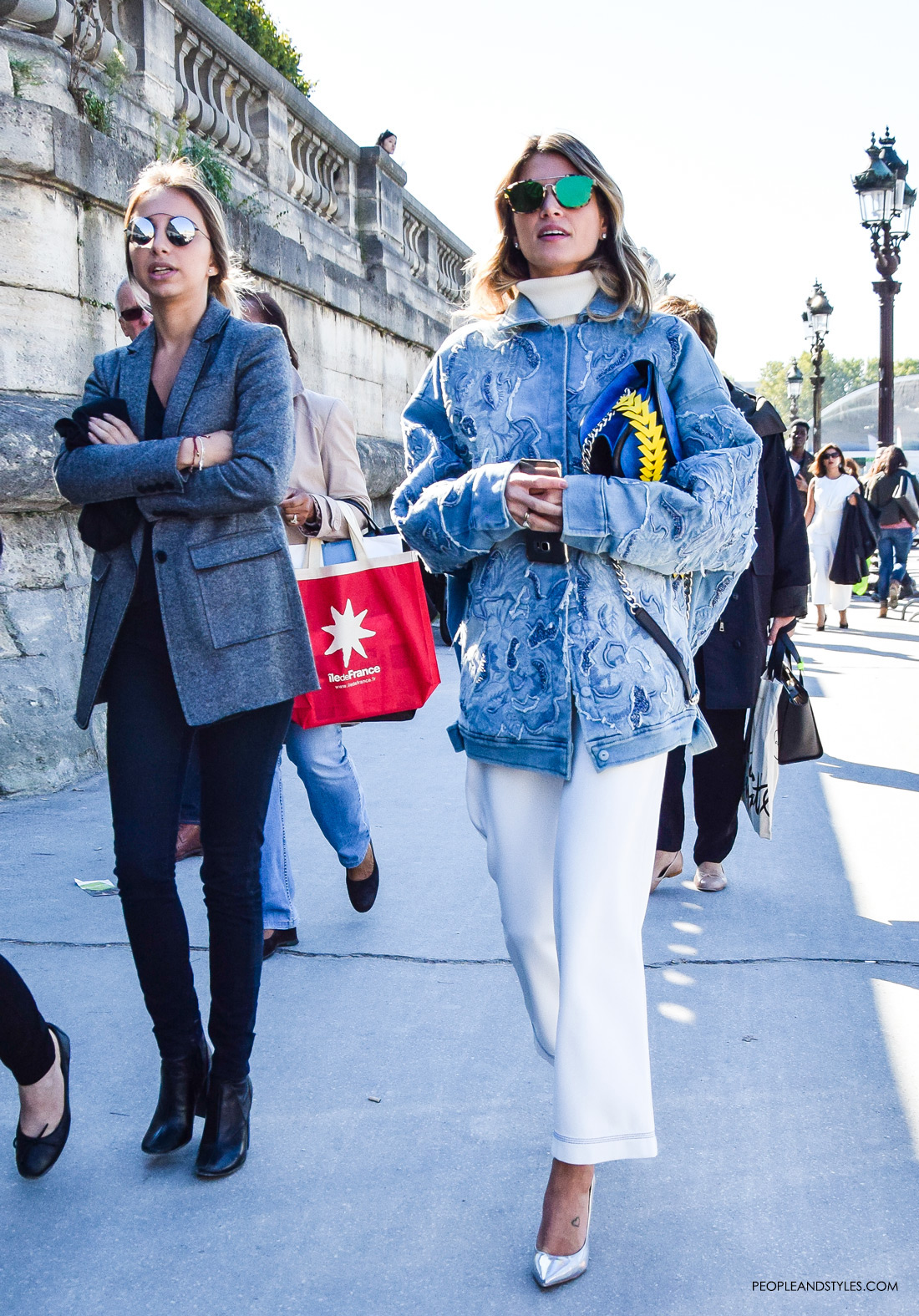Get Helena Bordon look: white culottes, oversized embellished denim jacket and silver pumps