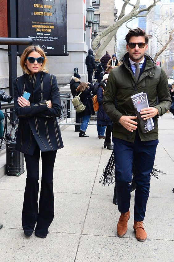 Olivia Palermo wearing flared jeans, cat eye sunglasses and longer blazer, street style look NY fashion week, how to wear flared jeans