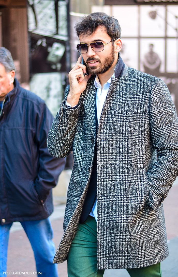Guys casual winter fashion, what to wear with a wool coat, how to wear grey check coat, navu blazer and green chinos