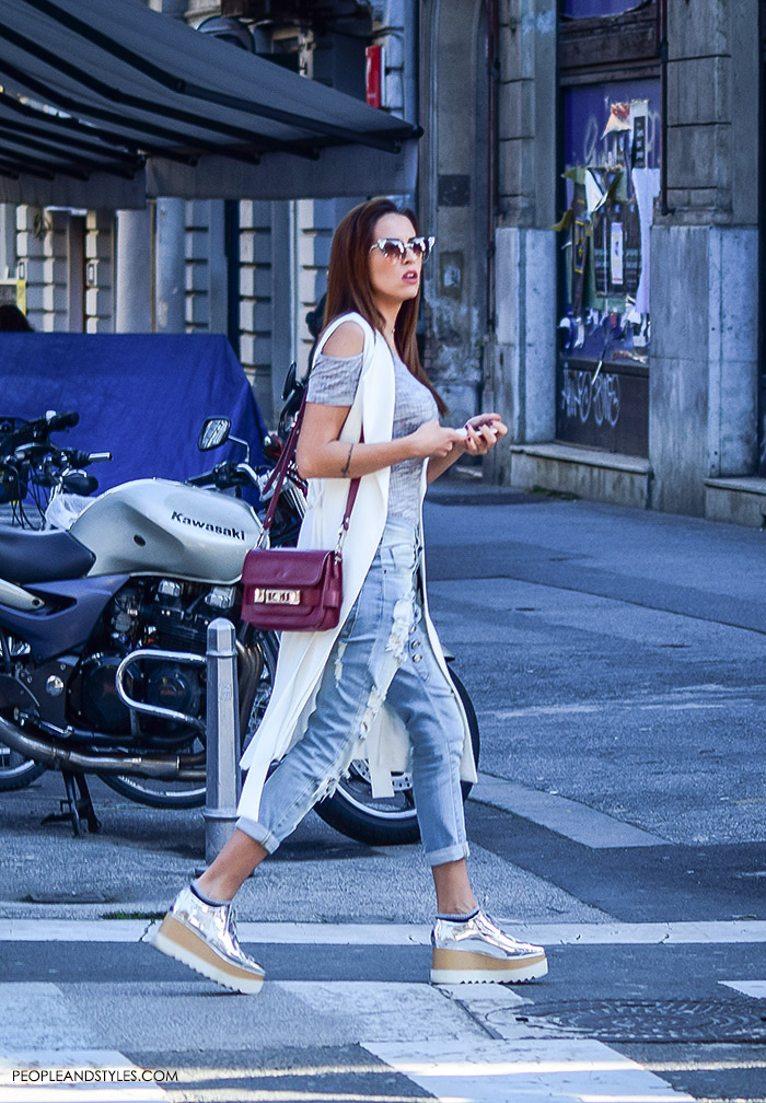 Street style summer women's fashion, how to wear Stella McCartney platform shoes, off the shouldergrey top and distressed jeans