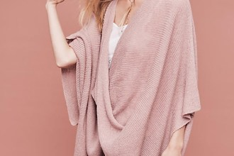 Powder pink color of this drapey poncho is absolutely adorable