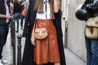 Get This Blogger Cool Leather Midi Skirt and Ankle Boots Look – Fashion Trends and Street Style - People & Styles