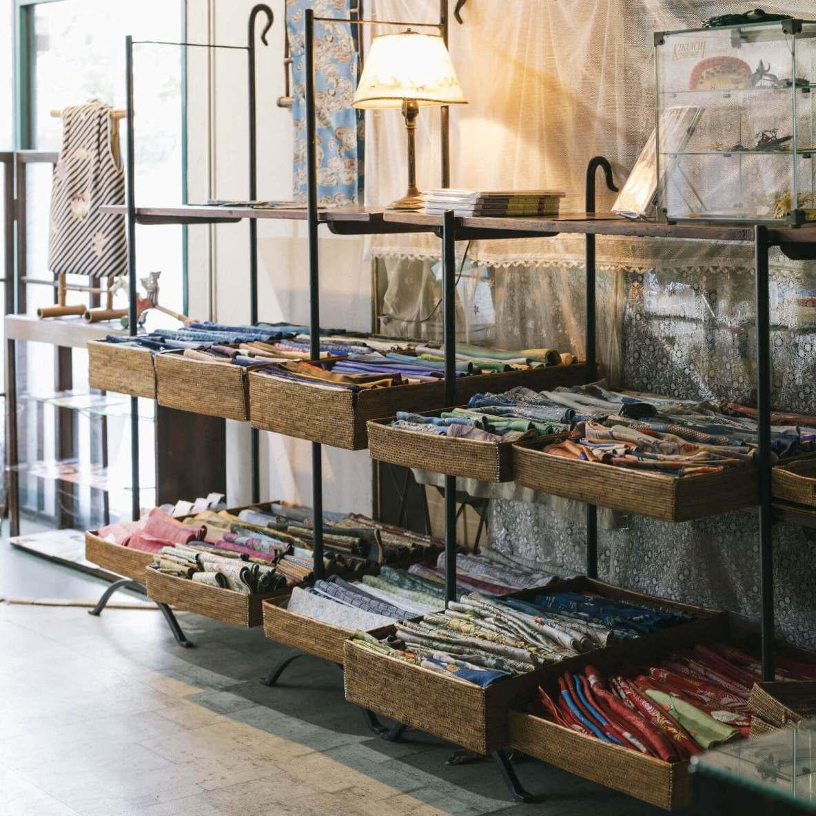 Treasure trove for well-preserved antique kimono and fabrics