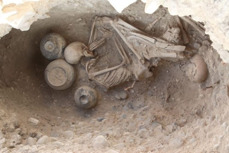 Burial in Karmir Blur, Armenia (9th–6th centuries BC.)