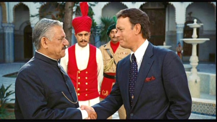 Om Puri with Tom Hanks in Charlie's War (2007) where he played the role of Pakistani military dictator Zia-ul-Haq