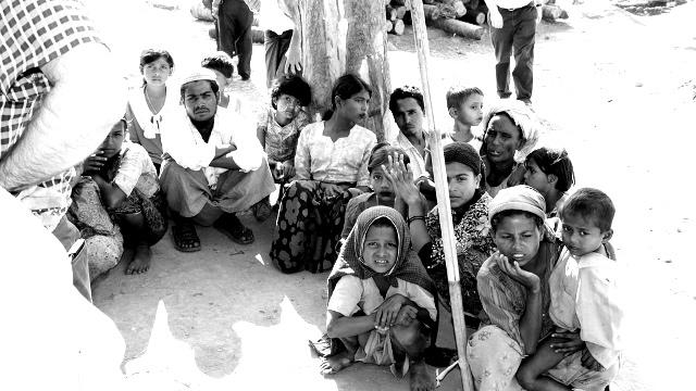 Rohingya Muslims are massacred in Myanmar by Buddhist terrorists