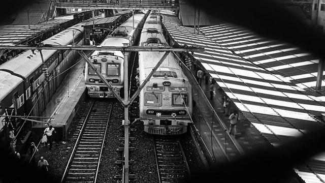 Mumbai local train services to follow vaccine discrimination violating fundamental rights
