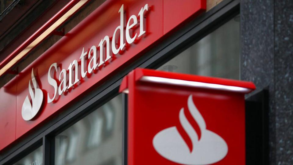 AFL-CIO Report: Santander bank exec looted Puerto Rico's infrastructure fund