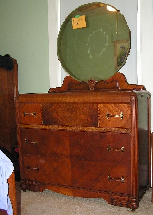 1940 Bedroom Furniture Uhuru Collectibles 1940s. 1940 S Bedroom Furniture Value   Bedroom Style Ideas