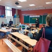Martine Aubry visite une école lilloise