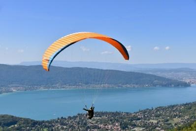 paragliding-4657979_1920
