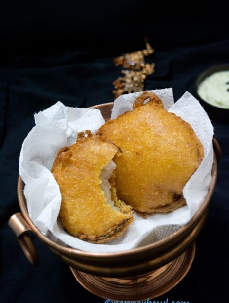Quick Onion Bajji Recipe - Onion Fritters