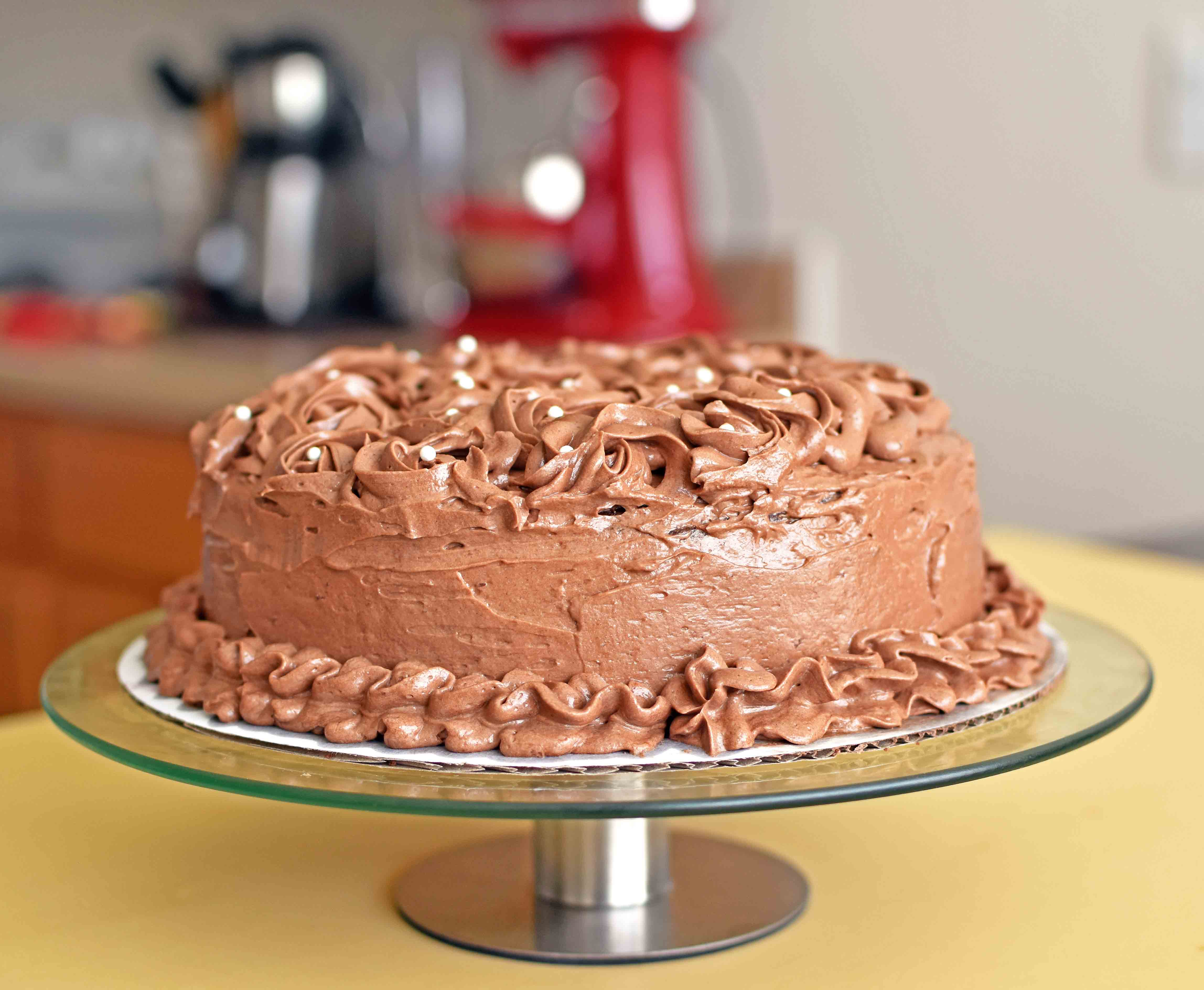 Chocolate Cake with Chocolate Frosting - Pepper Delight #recipe #cake #dessert