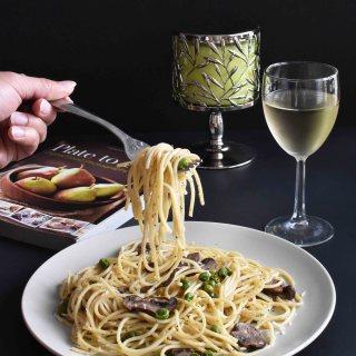 Spaghetti with Garlic, Mushroom & Peas