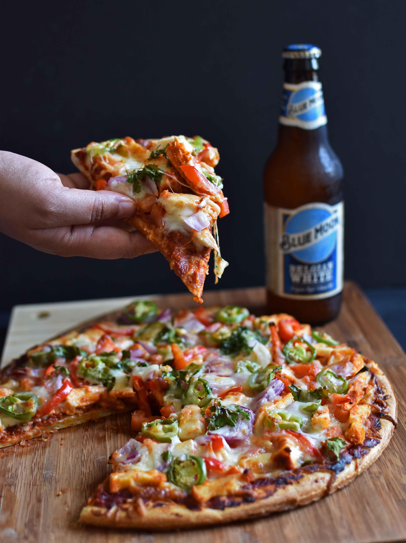 Tandoori Chicken Pizza - Pepper Delight #recipe #pizza #tandoori #july4