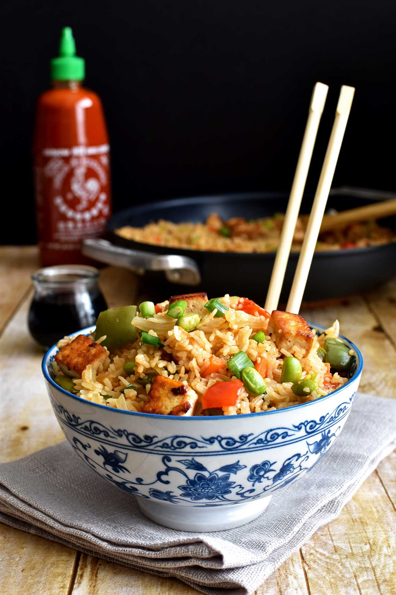 Tofu fried rice - Pepper Delight #pepperdelightblog #recipe #tofu #friedrice #asian #meatless #chinese #thai #edamame #vegeterian #easy #30minutesrecipes