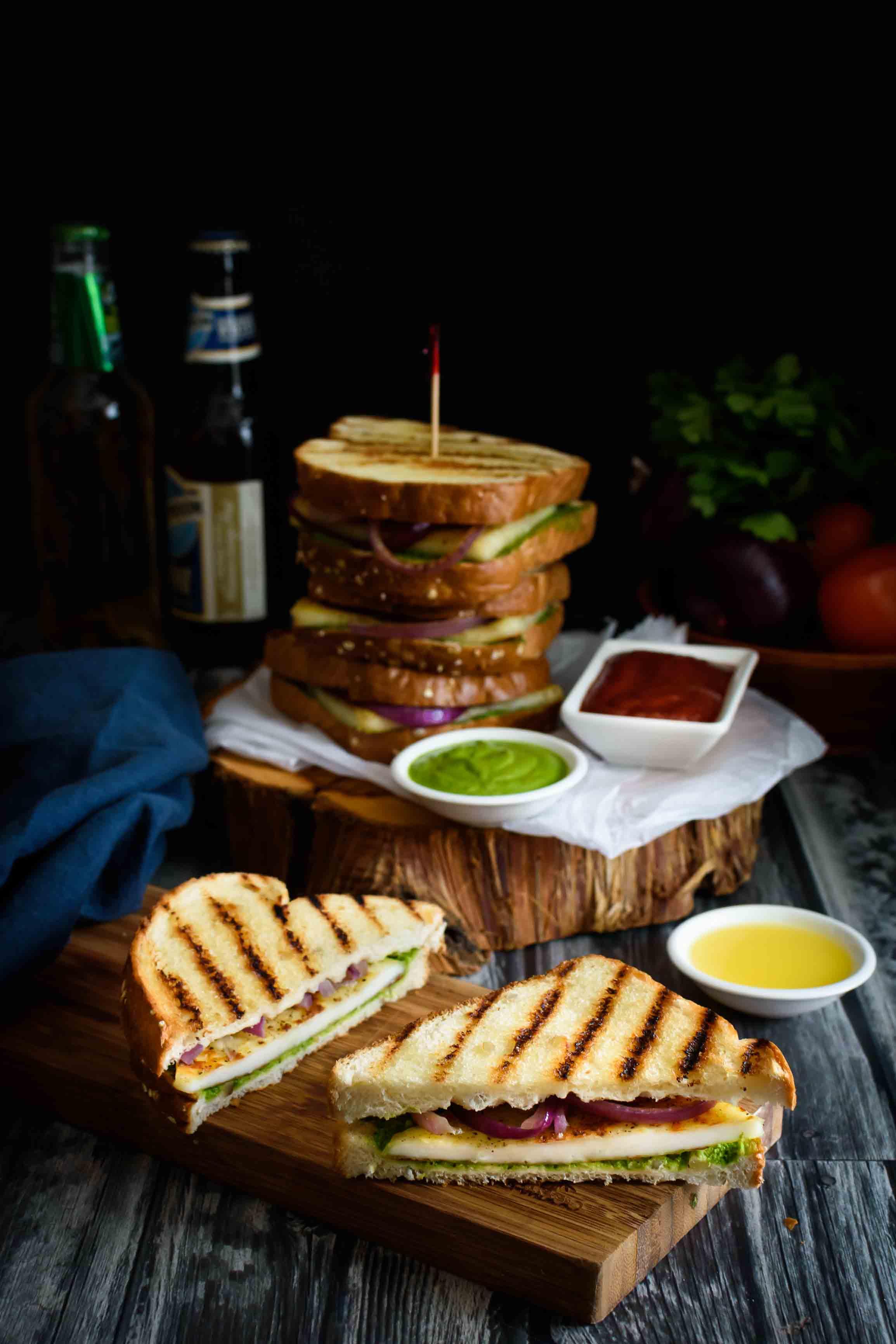 Paneer sandwich with cilantro sesame sauce- Pepper Delight #pepperdelightblog #recipe #paneer #sandwich #paneersandwich #kidslunchboxideas #meatlessmonday #vegeterian #veggiesandwich #easydinner #lunchbox #indiansandwich #sesamesauce #cottagecheese #healthy