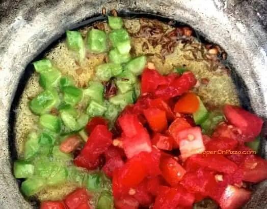 add tomato_pepperonpizza.com