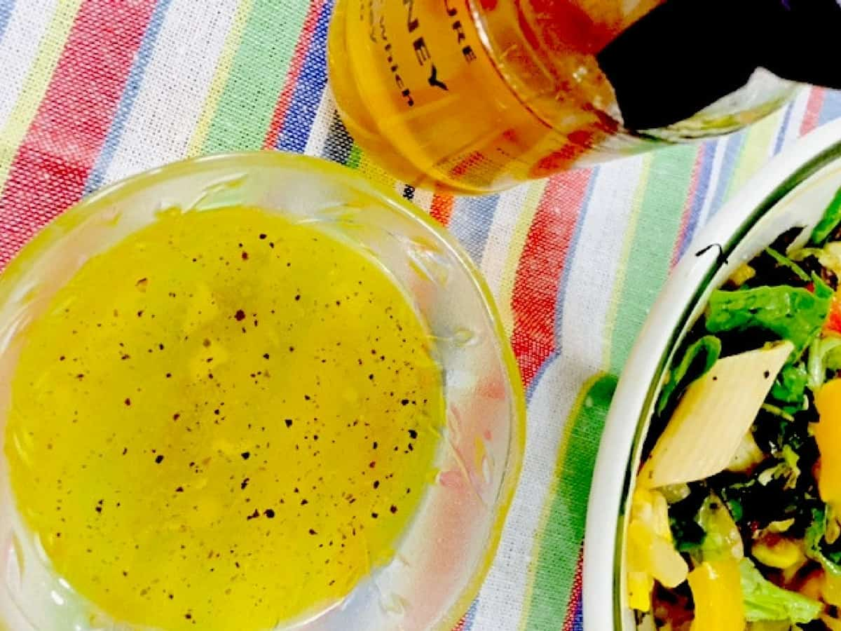 Garlicky Honey Lemon Salad Dressing