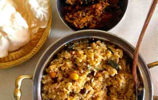 Puliyodharai – Spiced Tamarind Rice made from Pulikachal