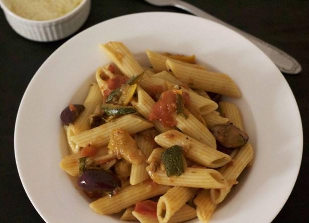 Pasta in Tomato Basil Pasta Sauce_PepperOnPizza.com