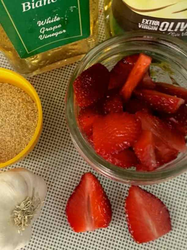 Strawberry Poppyseed dressing with Garlic