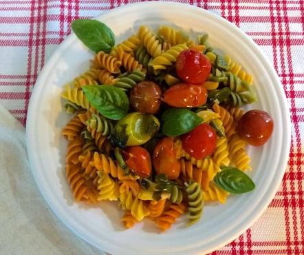 Rotini Pasta in Garlicky burst cherry tomato sauce