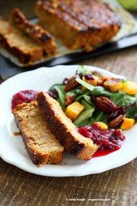 Vegan-chickpea-veggie-loaf-butternut-pecan-salad-1303