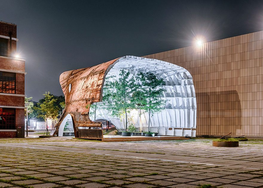 old-ship-transformed-into-building-shinslab-architecture-2