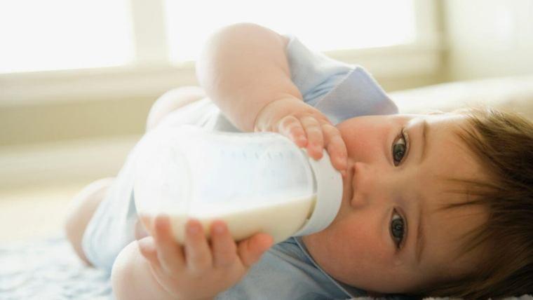Suplementar con leche materna extraída u otra