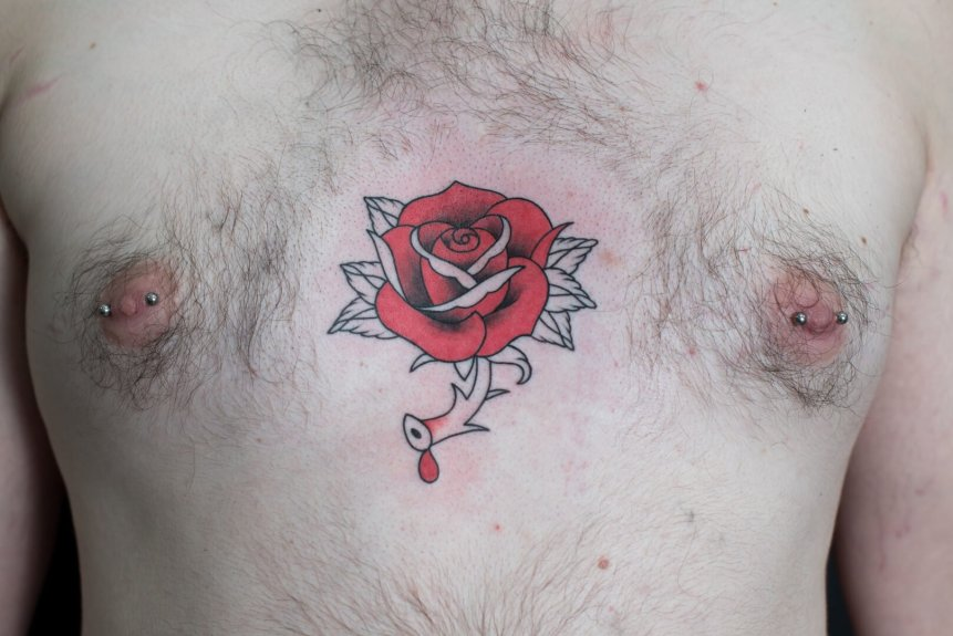 Tatouage Rose Et Piercings Percikopat