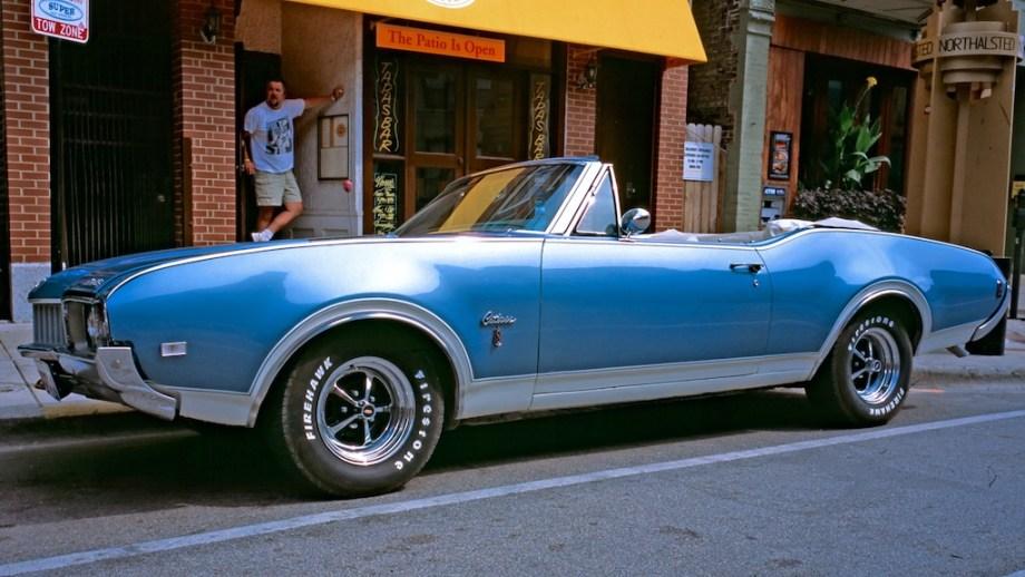 Chicago September 2005 - Contax G1, Oldsmobile Cutlass