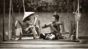 Read more about the article Dentro e fuori il setting: concettualizzare la musica per dare un senso alla pratica.