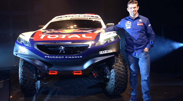 Peugeot 2008 DKR y Cyril Despress