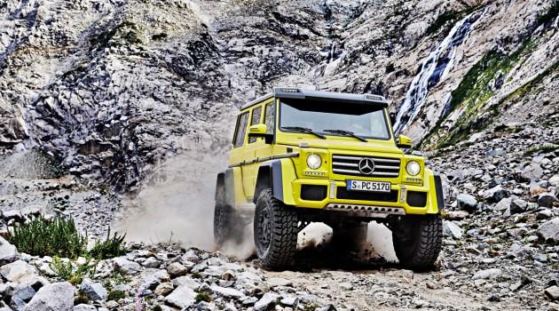 Mercedes-Benz-G-500-4x4-0