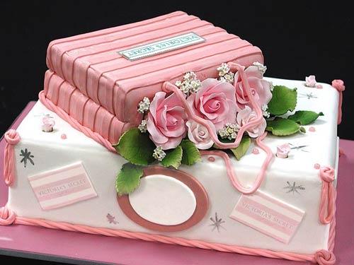 Gorgeous Rustic Bridal Shower Via Kara S Party Ideas Karaspartyideas Com Cakes Favors