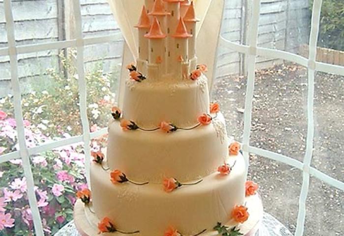 Castle Wedding Cakes For The Princess Bride