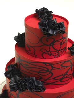 Red Wedding Cakes Gallery Contempary three tier red and black wedding cake