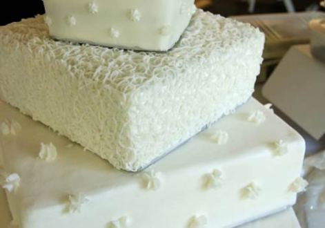 Fabulous Square Wedding Cakes square wedding cakes