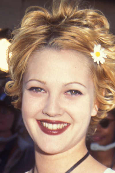 Drew Barrymore's thin eyebrows from the 1990s