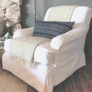 chair update, slipcover ideas, cheap slipcover idea, how to find cheap slipcover, slipcover rolled arm chairs, English arm chairs, update English arm chair