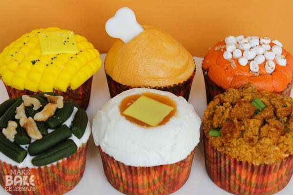holiday-cupcakes_make-bake-celebrate